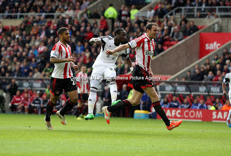 Pictured: Marvin Emnes of Swansea (C) scoring a goal, making the score 2-0 to Swansea. Sunday 11 May 2014<br /> Re: Barclay's Premier League, Sunderland v Swansea City FC at the Stadium of Light, Sunderland, UK.