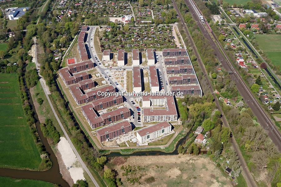 Gleisdreieck Asylanten Wohnungsbau  : EUROPA, DEUTSCHLAND, HAMBURG 22.04.2019:  Wohngebiet Gleisdreieck