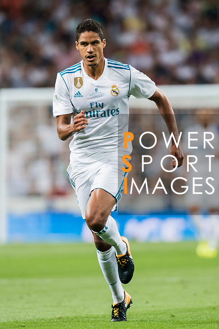 Raphael Varane of Real Madrid in action during their Supercopa de Espana Final 2nd Leg match between Real Madrid and FC Barcelona at the Estadio Santiago Bernabeu on 16 August 2017 in Madrid, Spain. Photo by Diego Gonzalez Souto / Power Sport Images
