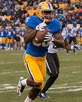 Pitt wide receiver Jester Weah makes a 56-yard touchdown catch. The Pitt Panther defeated the Duke Blue Devils 56-14 at Heinz Field in Pittsburgh, Pennsylvania on November 19, 2016.