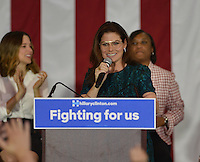 Debra Messing @ the Women For Hillary Organizing Event held @ West Los Angeles College.<br /> June 3, 2016