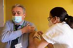 Emergenza Coronavirus Ospedale Maggiore di Cremona il direttore sanitario Rosario Canino riceve il vaccino contro il Covid-19 cronaca Cremona 25/01/2021 Coronavirus emergency Ospedale Maggiore di Cremona health director Rosario Canino recived vaccine against Covid-19 chronicle Cremona 25/01/2021