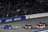 Monster Energy NASCAR Cup Series<br /> Federated Auto Parts 400<br /> Richmond Raceway, Richmond, VA USA<br /> Saturday 9 September 2017<br /> Martin Truex Jr, Furniture Row Racing, Auto-Owners Insurance Toyota Camry, Kyle Busch, Joe Gibbs Racing, M&M's Caramel Toyota Camry and Kyle Larson, Chip Ganassi Racing, Target Chevrolet SS<br /> World Copyright: Nigel Kinrade<br /> LAT Images