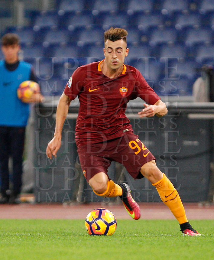 Calcio, Serie A: Roma vs Palermo. Roma, stadio Olimpico, 23 ottobre 2016.<br /> Roma's Stephan El Shaarawy in action during the Italian Serie A football match between Roma and Palermo at Rome's Olympic stadium, 23 October 2016. Roma won 4-1.<br /> UPDATE IMAGES PRESS/Riccardo De Luca