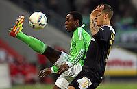FUSSBALL: Deutschland, 1. Bundesliga, VfL Wolfsburg - TSG 1899 Hoffenheim, Wolfsburg, 25.02.2012.Giovanni Sio (Wolfsburg, l.) - Fabian Johnson (Hoffenheim).© pixathlon