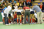 Berlin, Germany, February 01: Players of Duesseldorfer HC during timeout during the 1. Bundesliga Damen Hallensaison 2014/15 final hockey match between Duesseldorfer HC (white) and HTC Uhlenhorst Muehlheim (green) on February 1, 2015 at the Final Four tournament at Max-Schmeling-Halle in Berlin, Germany. Final score 4-1 (1-0). (Photo by Dirk Markgraf / www.265-images.com) *** Local caption ***