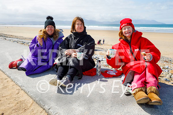 Enjoying a cuppa after a swim in Banna on Friday, l to r: Veronica O'Brien, Audrey O'Carroll and Sally Ryle.