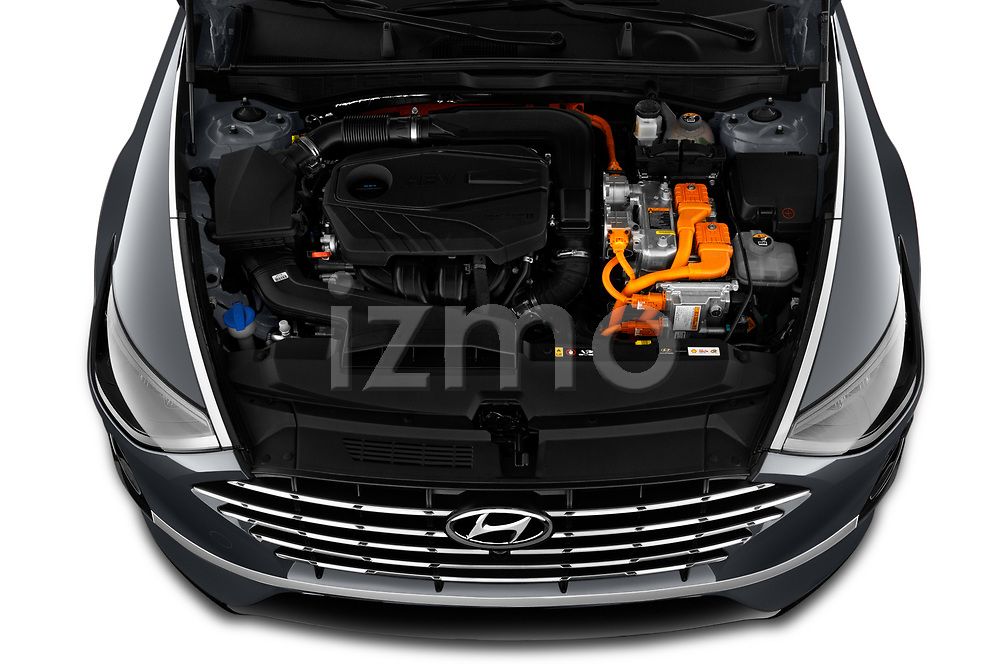 Car Stock 2020 Hyundai Sonata-Hybrid Limited 4 Door Sedan Engine  high angle detail view