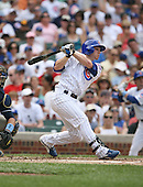 Mike Fontenot of the Chicago Cubs vs. the San Diego Padres: June 18th, 2007 at Wrigley Field in Chicago, IL.  Photo copyright Mike Janes Photography 2007.