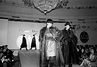 Defile de mode Christian Dior au Salon Ovale du Ritz-Carlton<br /> <br />  date inconnue, probablement au milieu des années 80