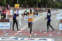 SÃO PAULO, SP, 17.05.2015 - MARATONA-SP Asbel Kipsang primeiro colocado da prova masculina da XXI Maratona Internacional de São Paulo, na manhã deste domingo dia 17, com largada iniciada no Obelisco do Parque do Ibirapuera. (Foto Amauri Nehn/Brazil Photo Press)
