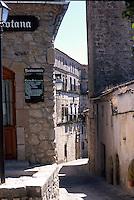 TRUJILLO- ESPAÑA- 08-07-2005. Calles Trujillo, España. Trujillo's streets, Spain.  (Photo: VizzorImage)..