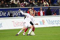 Christian Lell (Bayern) gegen Ioannis Amanatidis (Eintracht)<br /> Eintracht Frankfurt vs. FC Bayern Muenchen, Commerzbank Arena<br /> *** Local Caption *** Foto ist honorarpflichtig! zzgl. gesetzl. MwSt. Auf Anfrage in hoeherer Qualitaet/Aufloesung. Belegexemplar an: Marc Schueler, Am Ziegelfalltor 4, 64625 Bensheim, Tel. +49 (0) 6251 86 96 134, www.gameday-mediaservices.de. Email: marc.schueler@gameday-mediaservices.de, Bankverbindung: Volksbank Bergstrasse, Kto.: 151297, BLZ: 50960101
