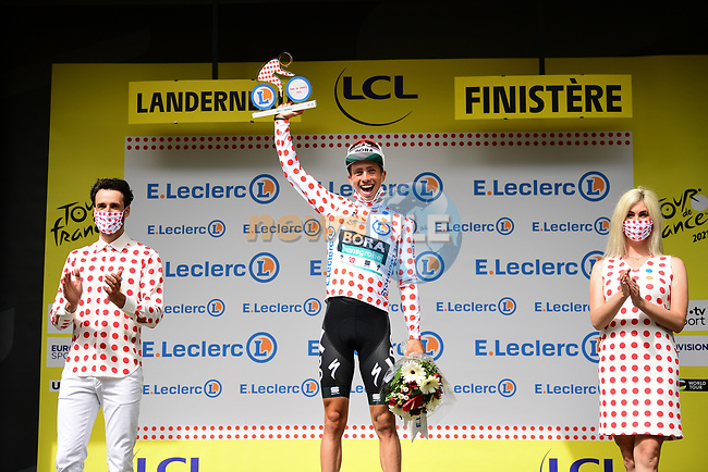Ide Schelling (NED) Bora-Hansgrohe wears the first mountains Polka Dot Jersey at the end of Stage 1 of the 2021 Tour de France, running 197.8km from Brest to Landerneau, France. 26th June 2021.  <br /> Picture: A.S.O./Pauline Ballet | Cyclefile<br /> <br /> All photos usage must carry mandatory copyright credit (© Cyclefile | A.S.O./Pauline Ballet)