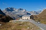 Schweiz, Graubuenden, Hospiz am Albulapass, er verbindet das Albulatal mit dem Engadin   Switzerland, Graubuenden, Hospiz at Albula passroad, connecting Albula Valley with Engadin