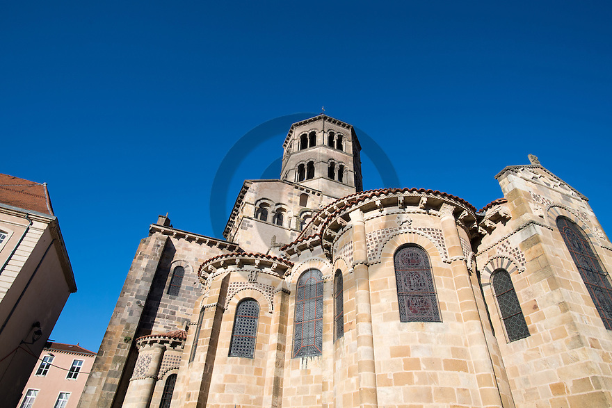 1/11/16 - ISSOIRE - PUY DE DOME - FRANCE - La Basilique SAINT AUSTREMOINE, chef d oeuvre de l Art Roman Auvergnat - Photo Jerome CHABANNE