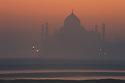 Taj Mahal i Agra India i soloppgang, magisk tempel, ferie, reise, opplevelser, lys, tempel, sunrice, agra,