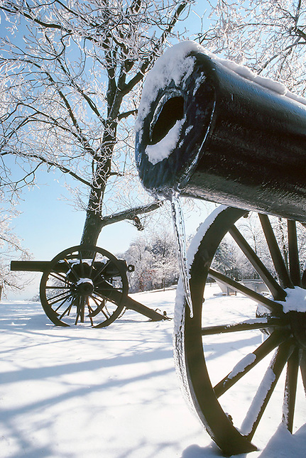 Snow and ice on battlefield cannon