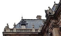 Versailles: Marble Court--roofline.