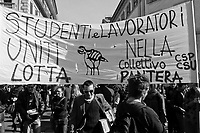 milano, manifestazione contro i tagli previsti dalla riforma dell'istruzione  --- milan, demonstration against the spending cut provided by the school reform