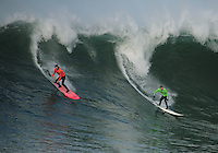 Randy Cone and Evan Slater share a wave in Heat 3