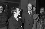 VISITA NEI CAMERINI DI GIORGIO NAPOLITANO<br /> ADRIANA ASTI - PRIMA AL TEATRO ELISEO ROMA 12/1980
