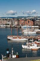 Norwegen, Oslo, Blick vom Akershus slott auf Hafen und Stadt