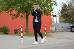 Emil Quaas (Nr.20 - ERC Ingolstadt) freut sich über den Empfang durch die Fans an der Saturn Arena beim Spiel im Halbfinale der DEL, ERC Ingolstadt (dunkel) - Eisbaeren Berlin (hell).<br /> <br /> Foto © PIX-Sportfotos *** Foto ist honorarpflichtig! *** Auf Anfrage in hoeherer Qualitaet/Aufloesung. Belegexemplar erbeten. Veroeffentlichung ausschliesslich fuer journalistisch-publizistische Zwecke. For editorial use only.
