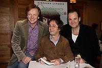 Stephane Laporte<br /> a son lancement de livre, nov 2006<br /> <br /> PHOTO : Agence Quebec Presse