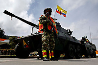 Government militarizes streets after 8th days of strike in Colombia