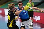 Sebastian Heymann (FAG) im Zweikampf mit Sascha Pfattheicher (TVB) beim Spiel in der Handball Bundesliga, Frisch Auf Goeppingen - TVB 1898 Stuttgart.<br /> <br /> Foto © PIX-Sportfotos *** Foto ist honorarpflichtig! *** Auf Anfrage in hoeherer Qualitaet/Aufloesung. Belegexemplar erbeten. Veroeffentlichung ausschliesslich fuer journalistisch-publizistische Zwecke. For editorial use only.