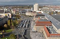Stadtansichten 2009 - Blick vom Wintergartenhochhaus auf den Hauptbahnhof - Hotel Westin Leipzig - Straßenbahn. Foto: Norman Rembarz..Norman Rembarz , ( ASV-Autorennummer 41043728 ), Holbeinstr. 14, 04229 Leipzig, Tel.: 01794887569, Hypovereinsbank: BLZ: 86020086, KN: 357889472, St.Nr.: 231/261/06432 - Jegliche kommerzielle Nutzung ist honorar- und mehrwertsteuerpflichtig! Persönlichkeitsrechte sind zu wahren. Es wird keine Haftung übernommen bei Verletzung von Rechten Dritter. Autoren-Nennung gem. §13 UrhGes. wird verlangt. Weitergabe an Dritte nur nach  vorheriger Absprache..
