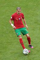 Pepe (Portugal)<br /> - Muenchen 19.06.2021: Deutschland vs. Portugal, Allianz Arena Muenchen, Euro2020, emonline, emspor, <br /> <br /> Foto: Marc Schueler/Sportpics.de<br /> Nur für journalistische Zwecke. Only for editorial use. (DFL/DFB REGULATIONS PROHIBIT ANY USE OF PHOTOGRAPHS as IMAGE SEQUENCES and/or QUASI-VIDEO)