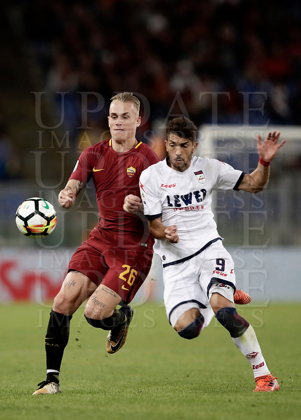 Calcio, Serie A: Roma, stadio Olimpico, 25 ottobre 2017.<br /> Roma's Rick Karsdorp (l) in action with Crotone's Andrea Nalini (r) during the Italian Serie A football match between AS Roma and Crotone at Rome's Olympic stadium, October 25, 2017.<br /> UPDATE IMAGES PRESS/Isabella Bonotto
