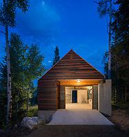 AH Architects - Moose Garage