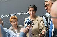 """Am Mittwoch den 11. Mai 2016 fand die 18. Sitzung des 2. NSU-Untersuchungsausschusses des Deutschen Bundestag statt. <br /> Als Zeugen waren gelanden: Kriminalhauptkommissar Mario Woetzel und der leitende Kriminaldirektor Michael Menzel.<br /> Kurz vor Sitzungsbeginn wurde dem Ausschuss durch die Bundesregierung mitgeteilt, dass (angeblich durch Zufall) ein Handy des V-Mannes """"Corelli"""" aufgetaucht sei. Das Handy wurde, nach Aussagen von Ausschussmitgliedern, schon 2015 gefunden, dies aber dem Ausschuss erst kurz vor der Sitzung am 11. Mai 2016 mitgeteilt. Es sollen sich ueber 200 Datensaetze mit Kontakten in die Naziszene in ganz Europa auf dem Handy befinden..<br /> Im Bild: Petra Pau, Obfrau der Linkspartei im Ausschuss; Clemens Binninger Ausschussvorsitzender, CDU; Uli Groetsch, Polizeibeamter und Obmann der SPD; Irene Mihalic, Obfrau von Buendnis 90/Die Gruenen und Armin Schuster, Ausschuss-Obmann der CDU und bei einem gemeinsamen Interview.<br /> 11.5.2016, Berlin<br /> Copyright: Christian-Ditsch.de<br /> [Inhaltsveraendernde Manipulation des Fotos nur nach ausdruecklicher Genehmigung des Fotografen. Vereinbarungen ueber Abtretung von Persoenlichkeitsrechten/Model Release der abgebildeten Person/Personen liegen nicht vor. NO MODEL RELEASE! Nur fuer Redaktionelle Zwecke. Don't publish without copyright Christian-Ditsch.de, Veroeffentlichung nur mit Fotografennennung, sowie gegen Honorar, MwSt. und Beleg. Konto: I N G - D i B a, IBAN DE58500105175400192269, BIC INGDDEFFXXX, Kontakt: post@christian-ditsch.de<br /> Bei der Bearbeitung der Dateiinformationen darf die Urheberkennzeichnung in den EXIF- und  IPTC-Daten nicht entfernt werden, diese sind in digitalen Medien nach §95c UrhG rechtlich geschuetzt. Der Urhebervermerk wird gemaess §13 UrhG verlangt.]"""