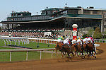 April 10, 2015: Keeneland race 5.   Candice Chavez/ESW/CSM
