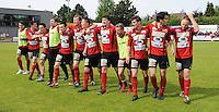 Izegem - FC Luik :....feestende spelers van Izegem..foto VDB / BART VANDENBROUCKE
