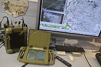 - Israeli war industry, portable field command and control system....- industria bellica israeliana, sistema di comando e controllo campale portatile