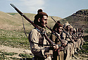 Iraq 1963 .The training of the peshmergas.Irak 1963.Entrainement de peshmergas