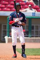 Cedar Rapids Kernels outfielder Byron Buxton #7 runs during a game against the Lansing Lugnuts at Veterans Memorial Stadium on April 30, 2013 in Cedar Rapids, Iowa. (Brace Hemmelgarn/Four Seam Images)