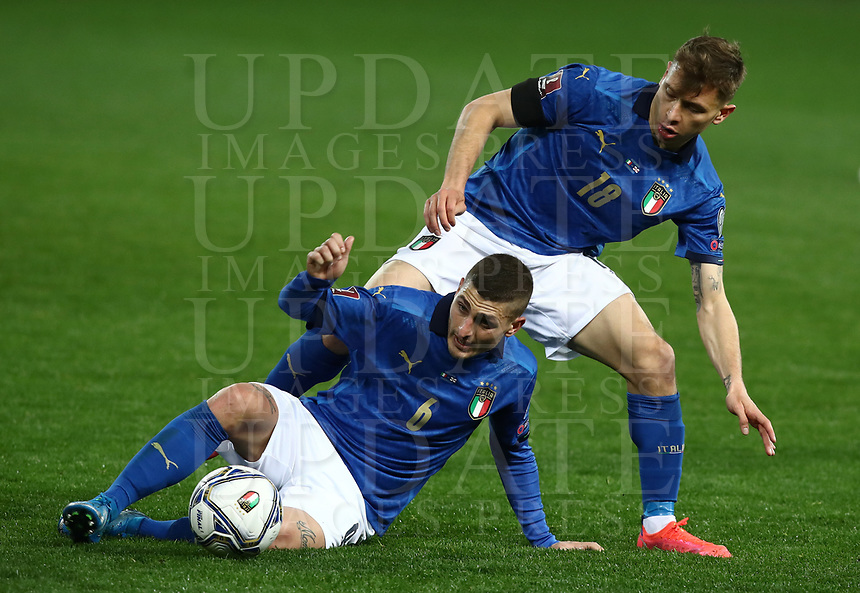 Footbal Soccer: FIFA World Cup Qatar 2022 Qualification, Italy - Northern Ireland, Ennio Tardini stadium, Parma, March 26, 2021.<br /> Italy's Marco Verratti (L) in action with Italy's Nicolò Barella (R) during the FIFA World Cup Qatar 2022 qualification, football match between Italy and Northern Ireland, at Ennio Tardini stadium in Parma on March 26, 2021.<br /> UPDATE IMAGES PRESS/Isabella Bonotto
