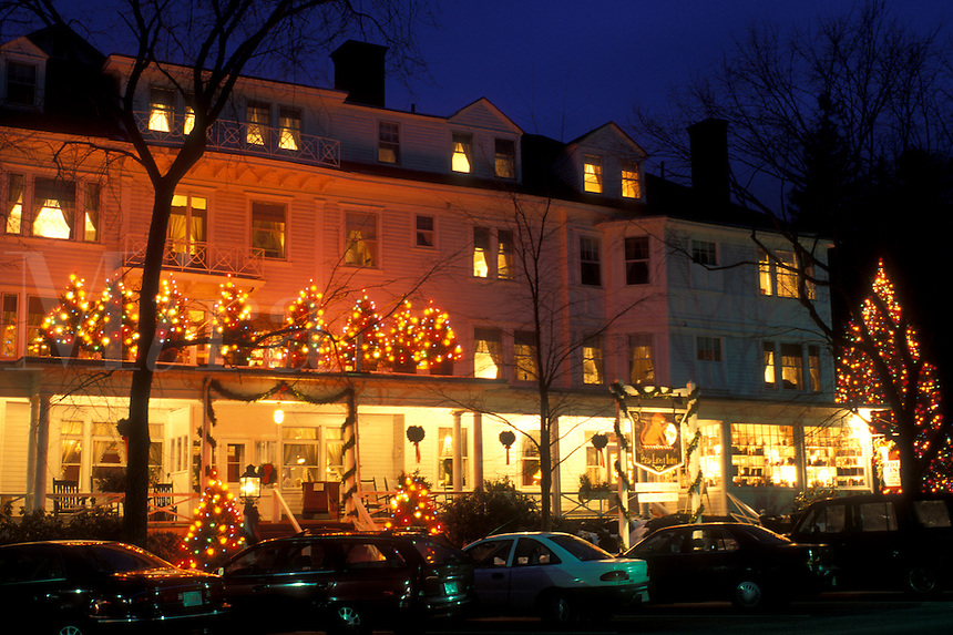 Stockbridge, Inn, Berkshires, Massachusetts, Christmas lights decorate the Red Lion Inn at night in Stockbridge in the state of Massachusetts.