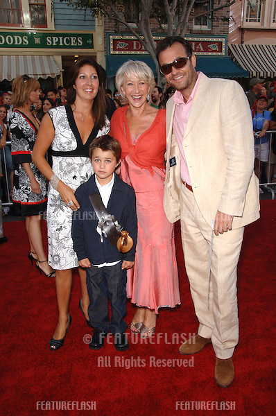 """Actress HELEN MIRREN with nephew SIMON MIRREN, his wife LOUISE & son CAMERON at the world premiere of """"Pirates of the Caribbean: Dead Man's Chest"""" at Disneyland, CA..June 24, 2006  Anaheim, CA.© 2006 Paul Smith / Featureflash"""