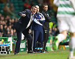 Celtic v St Johnstone.....04.03.15<br /> Tommy Wright encourages his players as the game draws to a finish<br /> Picture by Graeme Hart.<br /> Copyright Perthshire Picture Agency<br /> Tel: 01738 623350  Mobile: 07990 594431