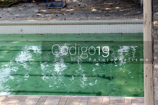 Campinas (SP), 05/10/2020 - Piscina publica - Vista da piscina da Praça de Esportes Pompeo de Vitto, localizada no Jardim Nova Europa, Campinas (SP).