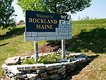 USA, Neuengland, Ortsschild Rockland, 02.09.2010<br /> <br /> Engl.: USA, New England, Maine, Rockland, place name sign, 02 September 2010