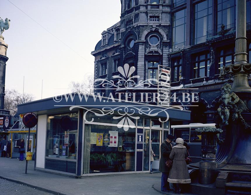 Februari 1975. Koningin Astridplein in Antwerpen.