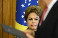 BRASÍLIA, DF, 24.04.2015 – VISITA PRESIDENTE DA CORÉIA DO SUL PARK GEUN-HYE – A presidente Dilma Rousseff durante cerimônia de assinatura de Atos de Cooperação entre Brasil e Coréia do Sul na manhã desta sexta-feira, 24 no Palácio do Planalto em Brasília. (Foto: Ricardo Botelho / Brazil Photo Press)