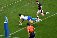Matteo Minozzi of Italy scores a try during the rugby Autumn Nations Cup's match between Italy and Scotland at Stadio Artemio Franchi on November 14, 2020 in Florence, Italy. Photo Andrea Staccioli / Insidefoto